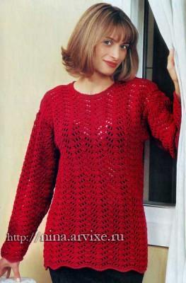 Ажурный вязаный пуловер из пряжи красного цвета